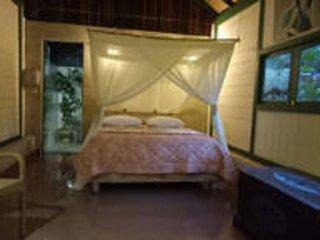 Mi Casa, Romantic bungalow in lush garden - Banyuwangi vacation rentals
