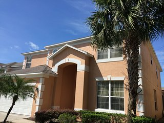 7 bed pool/spa at Emerald Island 3 mile to Disney - Kissimmee vacation rentals