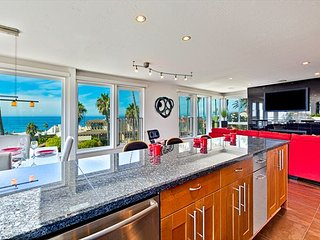 Urban-chic penthouse with expansive ocean views - La Jolla vacation rentals