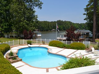 Your Lake Gaston Vacation Retreat!! - Littleton vacation rentals