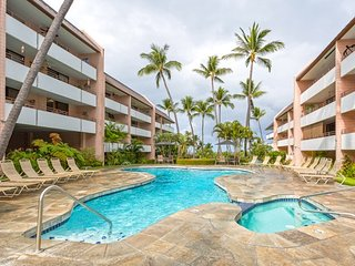 White Sands Village! 2 BR/2BA Premiere Condo! - Kailua-Kona vacation rentals