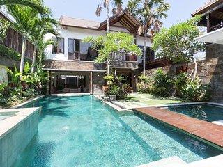 4 Bed Luxury Villa Seminyak Bali great location - Seminyak vacation rentals