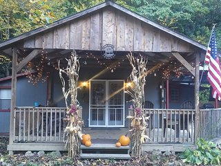 Comfortable Cabin on the Reservation in the Smokies - Cherokee vacation rentals