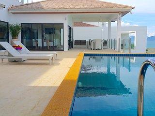 Villa Majesty stunning ocean views - Choeng Mon vacation rentals