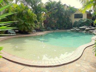 Comfortable 2 bedroom Yamba Villa with A/C - Yamba vacation rentals