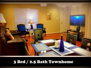 (301) Sleeps 12, Safe, Clean & Cozy  3bed/2.5ba Townhome - Houston vacation rentals