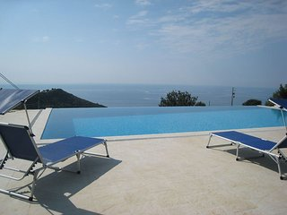 Charming Villa with Internet Access and Satellite Or Cable TV - Camporosso vacation rentals