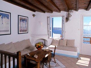 Mykonos Agios Stefanos Beachfront Home Sleeps 7 - Agios Stefanos vacation rentals