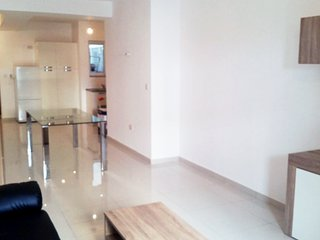 Beautiful Condo with Internet Access and A/C - Bahar ic-Caghaq vacation rentals