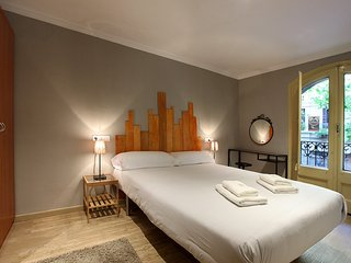 Eixample 4Bdr Lux Apartment - Barcelona vacation rentals