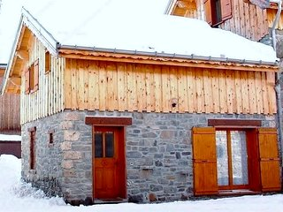 Nice Chalet with Internet Access and Satellite Or Cable TV - Valloire vacation rentals
