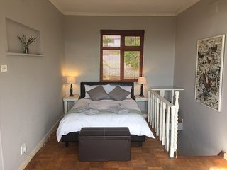 Romantic 1 bedroom Apartment in Clifton - Clifton vacation rentals