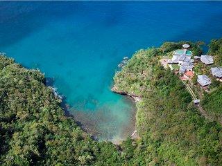 7 bedroom Villa with Internet Access in Marigot Bay - Marigot Bay vacation rentals
