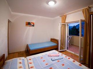 Beautiful 3 bedroom Condo in Lopar with Internet Access - Lopar vacation rentals