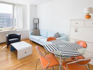 La Casa De Mis Primos GABRIEL - New York City vacation rentals