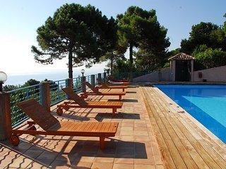 Location en bord de mer pour 2 personnes à Monte Marina. Vue mer panoramique - Conca vacation rentals
