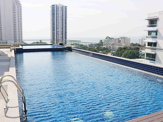 Laguna Bay 2 Deluxe 1-bedroom - Pattaya vacation rentals