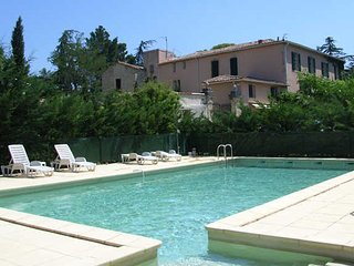 South France apartments with pools sleeps 4 - Tourbes vacation rentals