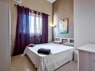 Mainstay , Sliema 1-bedroom Apartment - Sliema vacation rentals