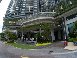 Fully Furnished Serviced Apartment at SkyResidence - Johor Bahru vacation rentals