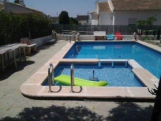 Haus mit Pool und Garten für Ferien mit Hund - Torrevieja vacation rentals