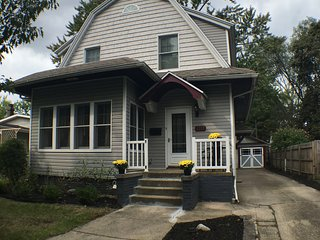 New Remodel less than half mile to ND and Eddy St - South Bend vacation rentals