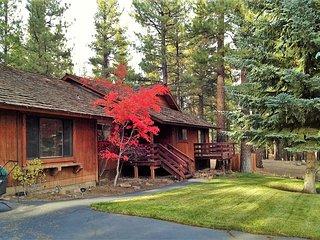 Luxurious Reno/Lake Tahoe Home (Hot Tub & Sauna) - Reno vacation rentals