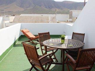 Apartment El Risco views in Caleta of Famara - Caleta de Famara vacation rentals