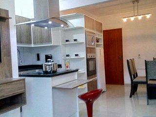 Apartamento Novo, Próximo da Praia - Ingleses vacation rentals
