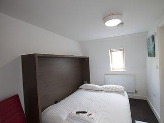 *** Charlote Central London B&B - R10 - London vacation rentals