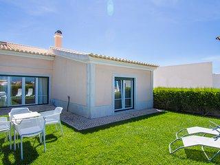 Tale Yellow Apartment, Sagres, Algarve - Sagres vacation rentals