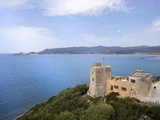 Bright 4 bedroom Talamone Villa with Internet Access - Talamone vacation rentals