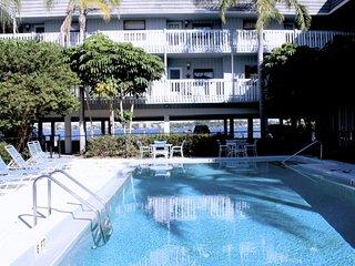 The Anna Maria Island Beach Palms 7A - Bradenton Beach vacation rentals