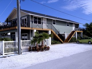 The Anna Maria Island Beach Paradise 5 - Holmes Beach vacation rentals