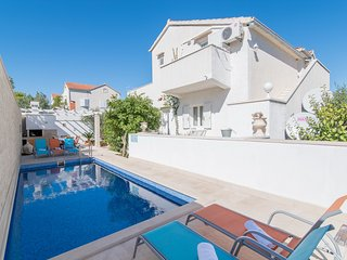 Apartments Morana - Two Bedroom Apartment with Terrace and Sea View - Supetar vacation rentals