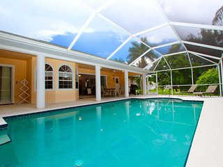 Lovely House with Deck and Internet Access - Fort Myers vacation rentals