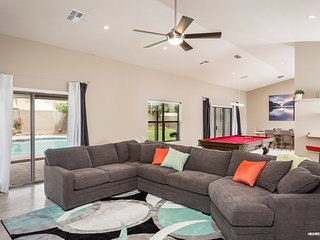 5* Hotel Quality Remodel! Heated Pool, Pool Table! - Scottsdale vacation rentals