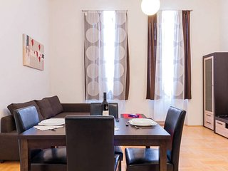 BUDAHOMEPEST 622 - Budapest vacation rentals