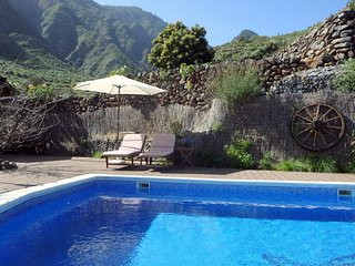 Comfortable 2 bedroom Tenerife House with A/C - Tenerife vacation rentals