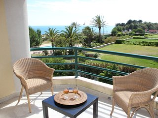 Ocean 8 Apartment with Sea View - Cascais vacation rentals
