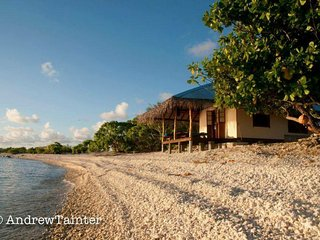 Beautiful bungalow on private motu on Rangiroa - Tiputa vacation rentals