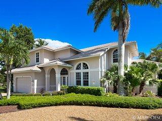 ARUBA SHOALS - Large 4 Bedroom Island Villa with South Exposure! - Marco Island vacation rentals