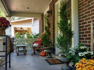 2 bedroom House with Deck in Nashville - Nashville vacation rentals