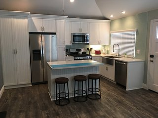 Fully Renovated Beach House, HotTub, 2 block Beach - Pacific Beach vacation rentals