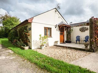 THE PIGGERY, ground floor accommodation, pet-friendly, parking, Roche, Ref 931128 - Roche vacation rentals