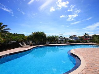 Breathtaking-Updated-Oceanfront-Pools-Beach-Tennis - Key Largo vacation rentals