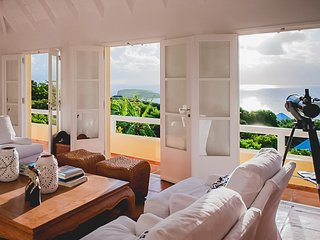 Bright 5 bedroom Villa in Mont Jean - Mont Jean vacation rentals