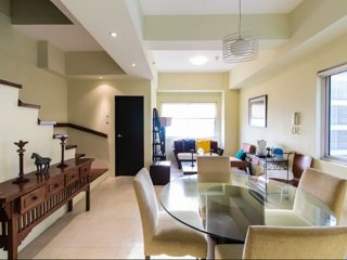 W1204 Chic and Stylish 2BR W1204 - Taguig City vacation rentals