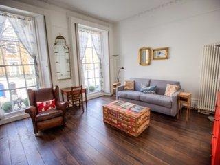 Amazing Studio in Chelsea Area!! - London vacation rentals