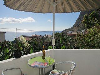 BEACH HOUSE Sunny EAST 50m from beach Quiet - Paul do Mar vacation rentals